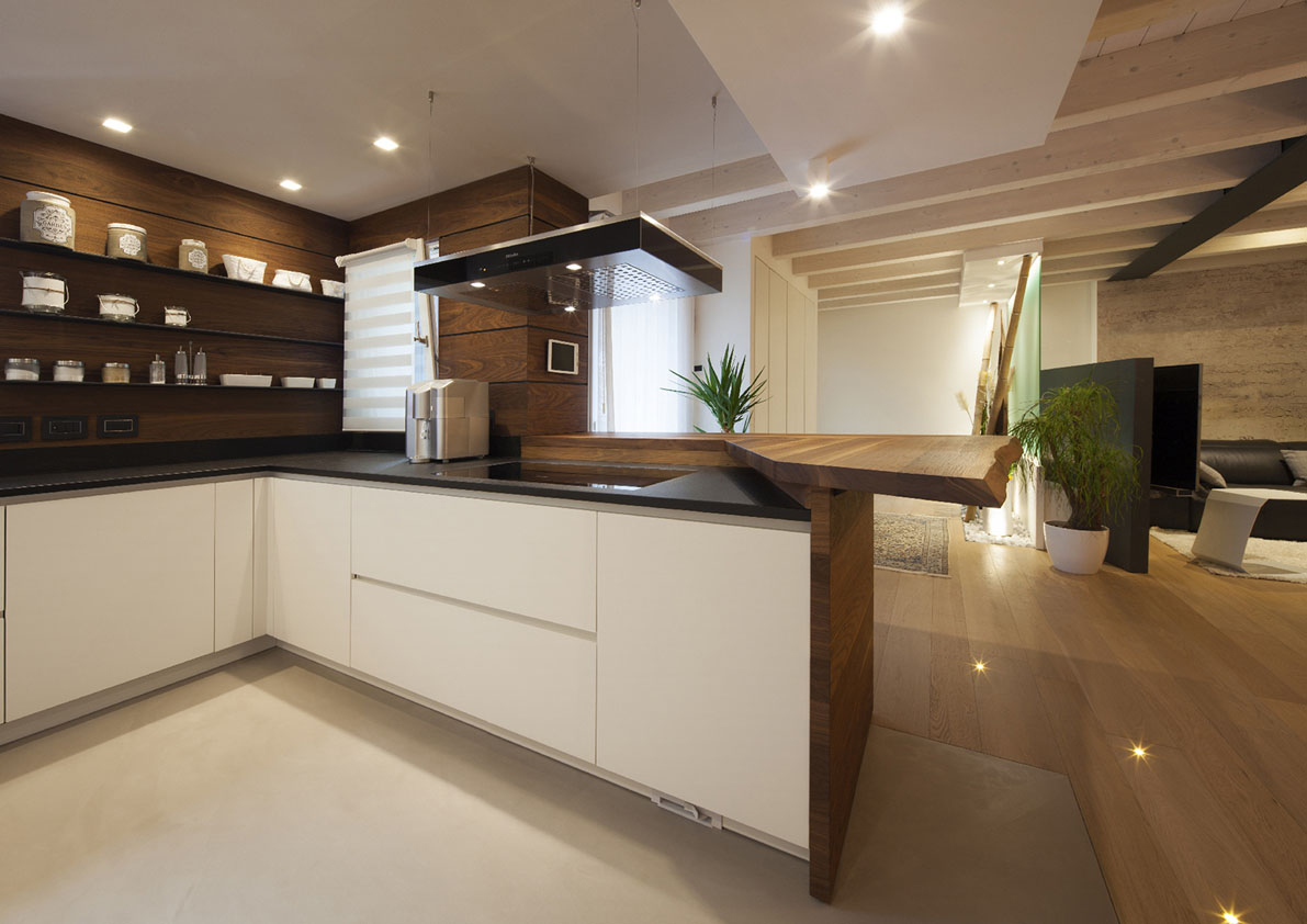 cucina con penisola bianca e nera poliform varenna