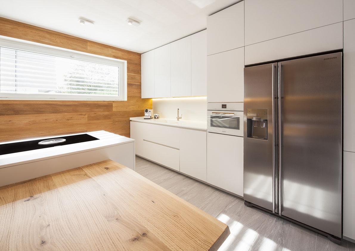 cucina total white con penisola euromobil